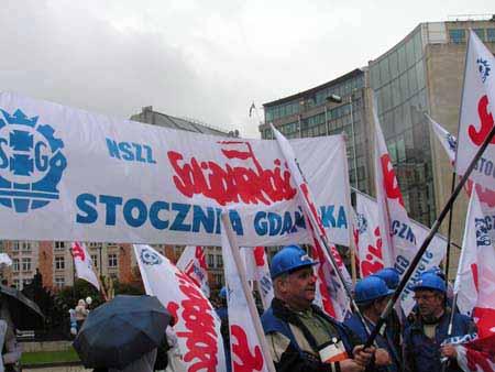 nszz_stocznia_galeria_20100719_1304872923