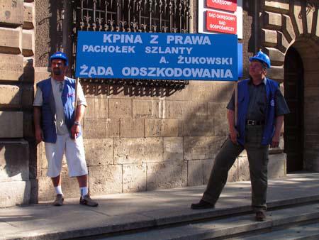 protest_przeciwko_dyrektorowi_zukowskiemu_20100617_1639296188