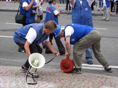 stoczniowcy_w_brukseli_20100623_1001763628