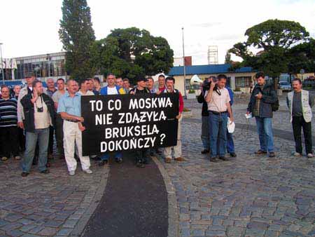 stoczniowcy_w_brukseli_20100623_1051272975